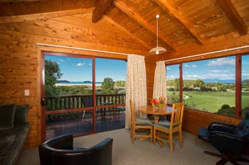 One bedroom chalet in Mārahau, so close to New Zealand's Abel Tasman