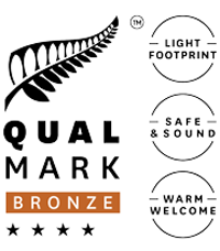 Qualmark 4-Star Bronze Sustainable Tourism Business Award Logo